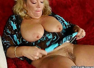 Chubby granny getting her pussy pounded in the office |