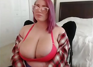 chubby pregnant with big tits webcam  