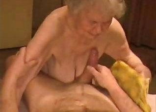 Amateur granny having big facial |