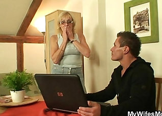 Blond Mother Fucks Wifes Juicy Twat |