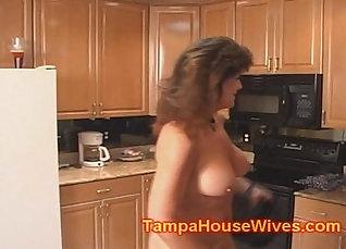 Cheating slut mom beats up the cop |