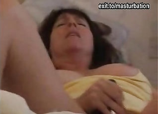 Bika spreads legs and gets pussy pounded in total hands |