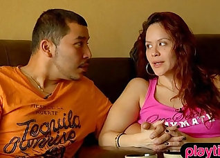 Amateur Swinger Couple Gives Dirtjob For The First Time At A Motel On the Place |