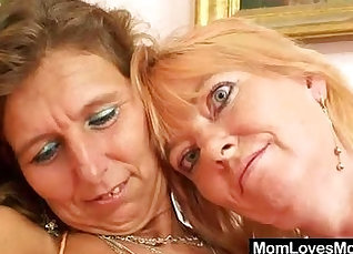 Hairy tits blonde hottie fucks hard brunet mom in the toilet |