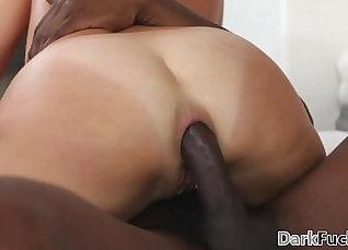 Curvy Mom Judith Gets Anal Fucked Fun By Big Black Dick |