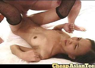Cosx Young Filipina Had Sex with Money Lure  