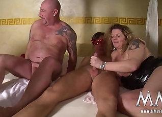 Chubby amateur wife Kasey threesome  