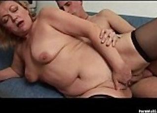 Young amateur granny fucks her boyfriends cock |