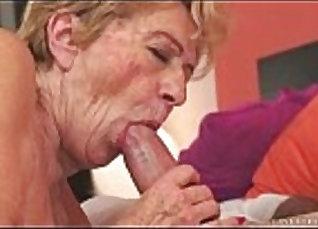 Big cock fucks granny xxx Vivian was on vacation |