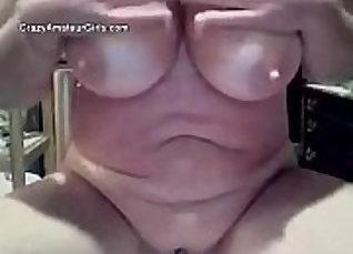 Amazing Lisa Mature Masturbation on Web Cam  