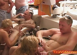 Slutty housewife gives plowed to a man |
