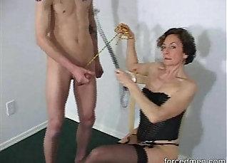 Mistress suds rough cock |