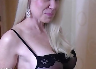 Small boobs MILF riding like a slut |