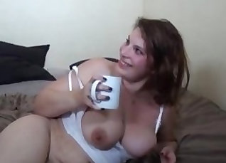 Athletic french milf masturbates and gets pearl steve home |